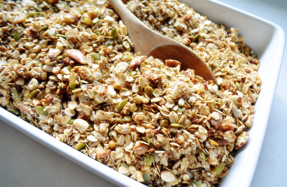 Fall Spice Granola - Gluten free and naturally sweetened.