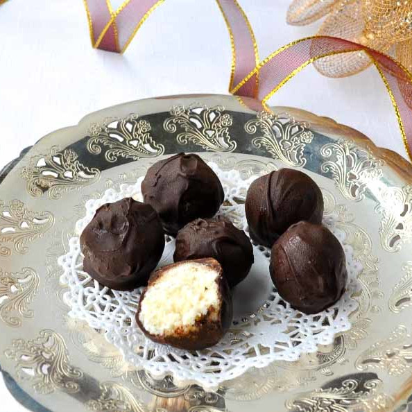Dairy-Free Holiday Desserts: Chocolate Coconut Snowballs