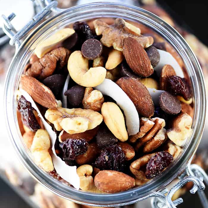 Healthy Snack Recipes: Healthy Trail Mix