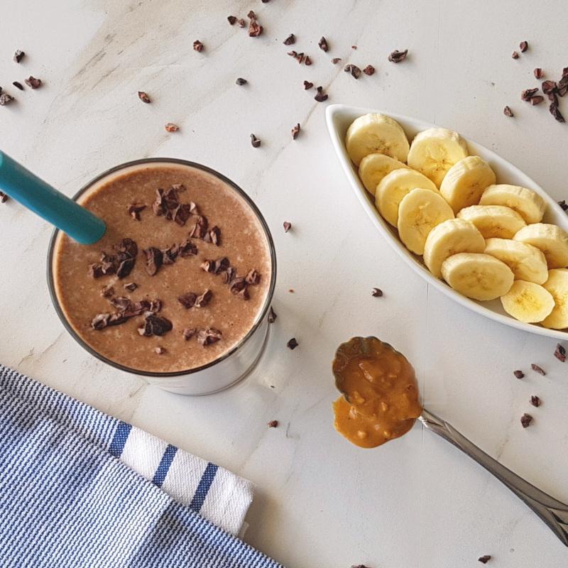 Healthy Snack Recipes: Peanut Butter Banana Chocolate Milkshake