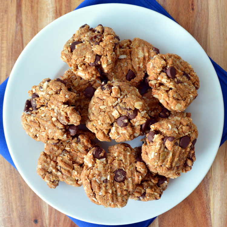 Healthy Snack Recipes: Chocolate Peanut Butter Oatmeal Cookies