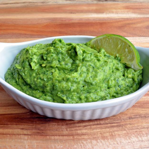 Healthy Snack Recipes: Simple Spinach Guacamole